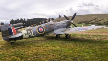 7 Day Wanaka Warbirds and Southern Wheels Small Group Coach Tour