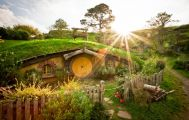 3 Day Waitomo, Rotorua and Hobbiton Independent Coach Tour
