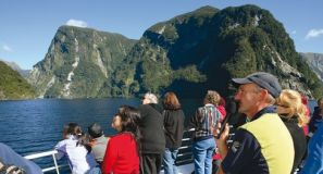 10 Day Mountains, Fiords & Glaciers Family Self Drive