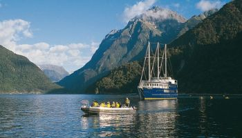 Milford Mariner Overnight Cruise from Queenstown