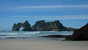 Golden Bay > Wharariki Beach > Farewell Spit