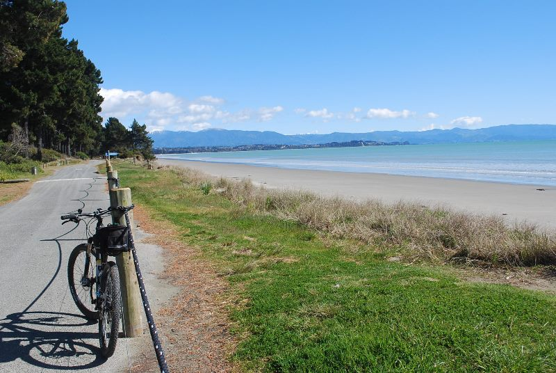 1 Day Tasman Road Bike Day Tours