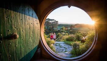 Hobbiton Movie Set & Rotorua Geothermal Geysers Private Charter Day Tour from Auckland