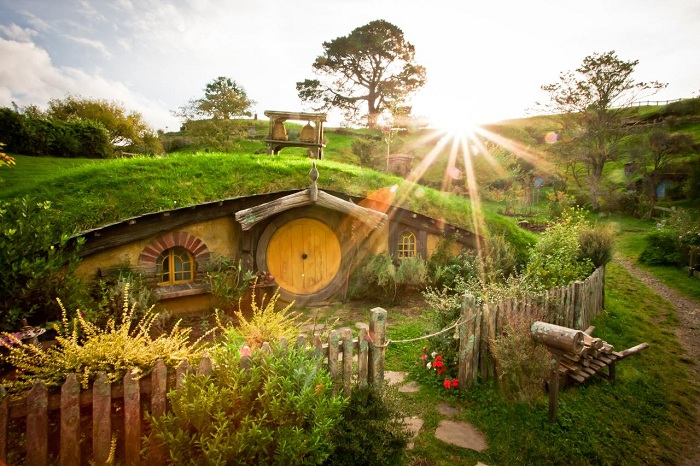 Hobbiton Movie Set & Rotorua Adventure Park from Auckland