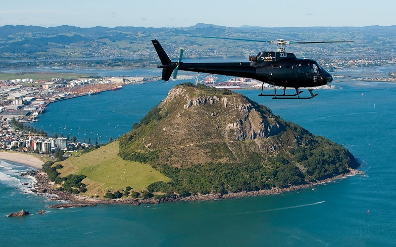 Mount Maunganui and Tauranga City Scenic Flight (12 minute)