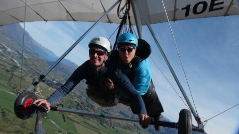 Coronet Peak Summer Hang Gliding Flight