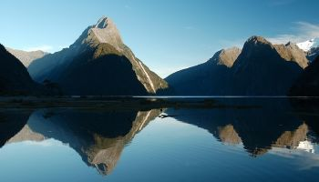 Milford Sound and Glaciers: Coach, Cruise, Fly