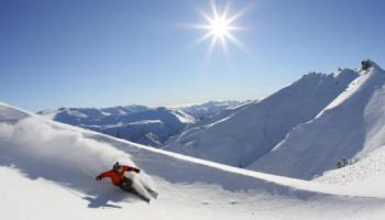 Queenstown Ski and Snowboarding Holidays