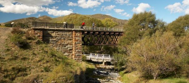 2 Day Dunedin to Queenstown Otago Rail Trail Transit Package